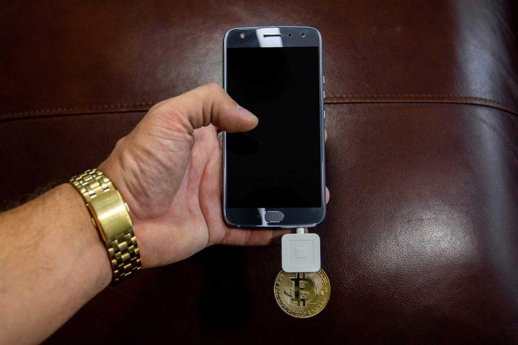 investire in bitcoin conviene